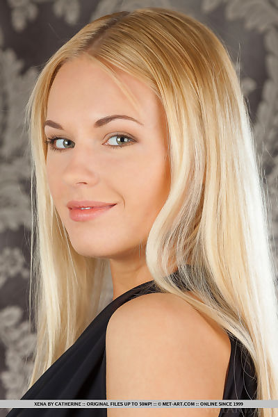 Gorgeous young blonde Xena..